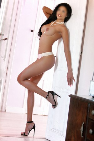 Diana dominican escort in Barcelona